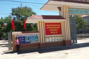Chuyện lạ ở Quảng Bình: Một hộ dân ra vào nhà bằng... cổng UBND xã