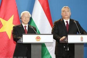 Tuyên bố chung Việt Nam-Hungary về lập quan hệ đối tác toàn diện