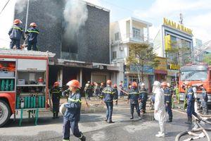 Cháy lớn ở trung tâm thành phố Đà Nẵng