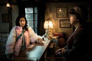 Suối ma: Bộ phim ma quỷ đong đầy cảm xúc càn quét các phòng vé châu Á