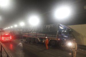 Tai nạn giao thông nghiêm trọng ở hầm đường bộ Hải Vân