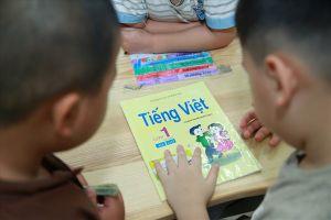 Tài liệu Tiếng Việt lớp 1 – Công nghệ giáo dục 'nóng' tại phiên họp Thường vụ Quốc hội