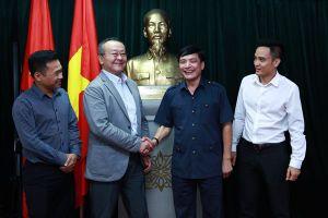 Chủ tịch Tổng LĐLĐVN Bùi Văn Cường tiếp Tổng Thư ký CĐ Quốc tế khu vực Châu Á - Thái Bình Dương