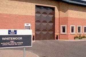 Hình phạt cho nữ giáo viên quan hệ với tù nhân trong nhà tù Anh