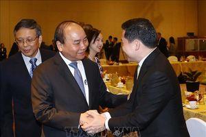 Thủ tướng đối thoại với lãnh đạo tập đoàn hàng đầu