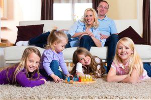 Khi cho trẻ đến nhà khác chơi