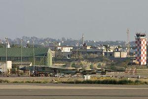 Sân bay đang hoạt động duy nhất ở Libya bị rocket tấn công