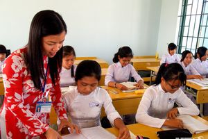 Lào Cai tuyển giáo viên về trường THPT chuyên