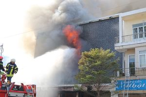 Triệu tập 2 công nhân gò hàn để điều tra vụ cháy vũ trường ở trung tâm Đà Nẵng