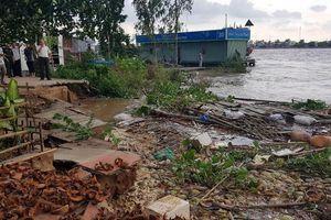An Giang: Di dời 11 hộ dân ra khỏi khu vực bị sạt lở đất