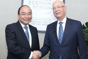 Thủ tướng Nguyễn Xuân Phúc tiếp Chủ tịch WEF