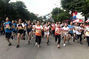 Sôi động cuộc thi chung kết ở quận Hoàng Mai