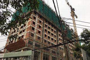 Sập giàn giáo công trình trung tâm thương mại, 2 công nhân chết thảm