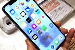 CHÍNH THỨC: Apple thừa nhận điều tra lỗi khiến iPhone X chậm trả lời cuộc gọi