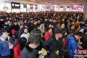 Hết Tết: Hàng triệu người Trung Quốc đổ xô trở lại thành phố