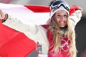 Những nụ cười tỏa nắng sưởi ấm Olympic mùa đông