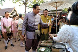 Thủ tướng Thái Lan lại lùi thời hạn bầu cử thêm 3 tháng