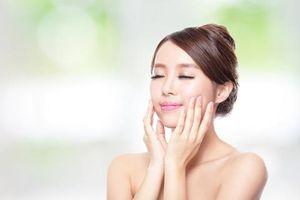 Hướng dẫn các bước massage mặt đúng cách