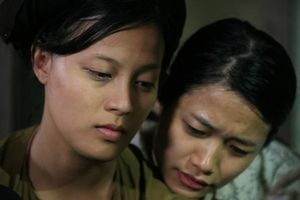 Nữ chính phim Thương nhớ ở ai bị tát: 'Trà My rất láo và vô văn hóa!'