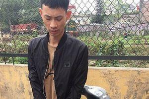 Đang 'xách' ma túy đi bán thì bị lực lượng 141 bắt giữ