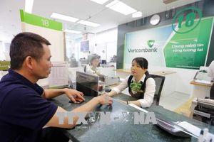 Thông tin về việc Vietcombank tăng phí một số dịch vụ ngân hàng
