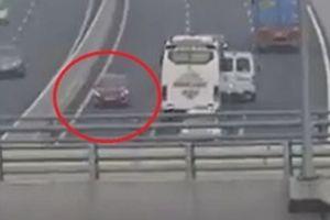 Phạt 7,5 triệu đồng nữ lái xe đi ngược chiều trên cao tốc Hà Nội - Hải Phòng