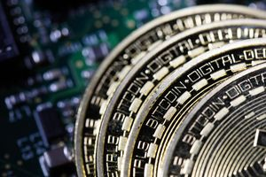 Đại gia bitcoin bán 400 triệu USD giá trị tiền ảo