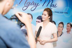 Diễn viên Bella Mai: 'Cái tát của chị Thân Thúy Hà khiến tôi tỉnh giấc'