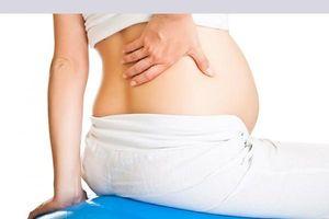 Phụ nữ mang thai 3 tháng đầu bị đau lưng có sao không?