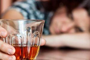 5 điều cấm kỵ để tránh ngộ độc rượu