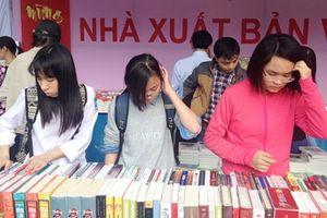 Đời sống văn chương Việt: Nhiều nỗi niềm, ít giải pháp
