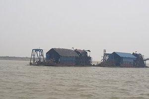 Hà Nội: Nhận diện thủ đoạn hút cát trộm trên sông Hồng