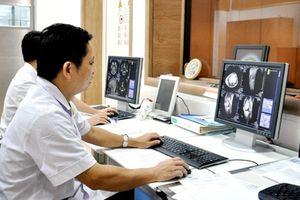 Mỗi bệnh nhân mất hơn 1 phút đăng ký và chờ khám bệnh