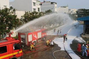 Cận cảnh diễn tập cứu kho xăng ở sân bay Tân Sơn Nhất