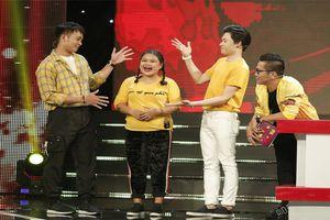 Con gái nuôi của NSND Ngọc Giàu khiến dàn sao Cười Xuyên Việt cười nghiêng ngả trên sân khấu