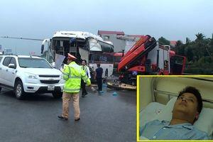 Tài xế xe cứu hỏa kể phút bị xe khách đâm trực diện trên cao tốc