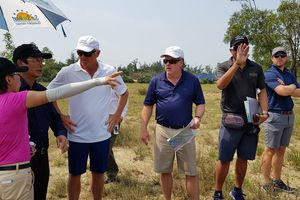 Tỷ phú Mỹ đến Quảng Bình thiết kế sân golf đẳng cấp thế giới