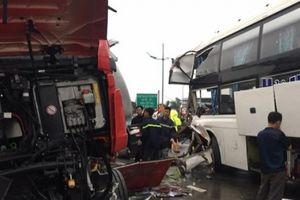 Vụ tai nạn trên cao tốc Pháp Vân: không thể vội vàng kết luận lỗi