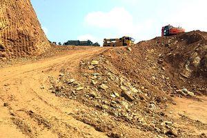 Vụ sập núi ở huyện Quốc Oai: Chính quyền xã buông lỏng quản lý