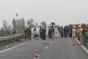 Bắt khẩn cấp tài xế container gây tai nạn khiến 2 người tử vong