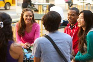 Lý do khiến nhiều trường đại học Mỹ lao đao?