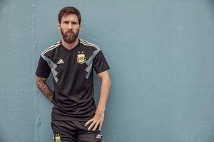 World Cup 2018: Áo đấu mới rực rỡ sắc màu!