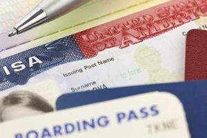 Sứ quán Mỹ thông tin thêm việc ngừng cấp một số thị thực cho công dân Việt Nam