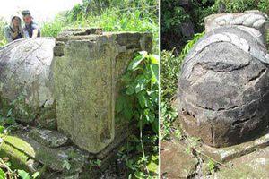Kỳ bí chuyện ngôi mộ cổ bị xiềng ở Tiền Giang