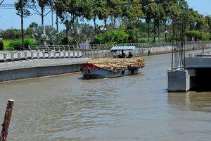 Hậu Giang: Cầu 28 tỷ 'ngăn sông'… làm đúng quy trình