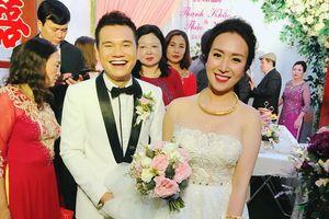 Khắc Việt và DJ Thanh Thảo hạnh phúc trong ngày cưới