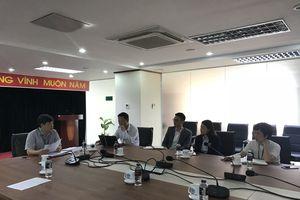 Hàng trăm du khách bị 'nhốt', Công ty Lá Phong 'mất tích'