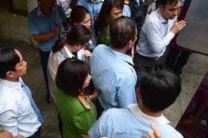 2 nhân viên Eximbank mới bị bắt liên quan vụ khách hàng mất 245 tỷ là ai?