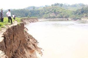 Hàng trăm hộ dân đôi bờ sông Krông Nô kêu cứu vì sạt lở