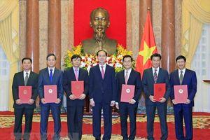 Chủ tịch nước trao Quyết định bổ nhiệm 6 đại sứ nhiệm kỳ 2018 – 2021